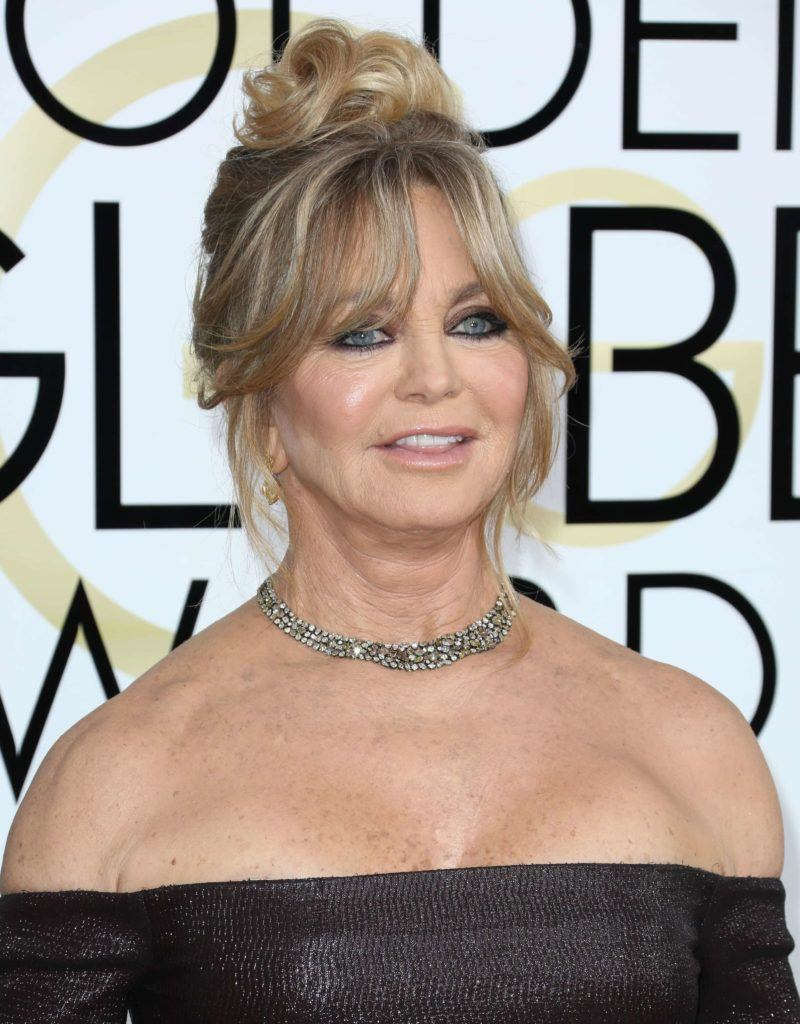 Goldie Hawn fringe updo highlights blonde