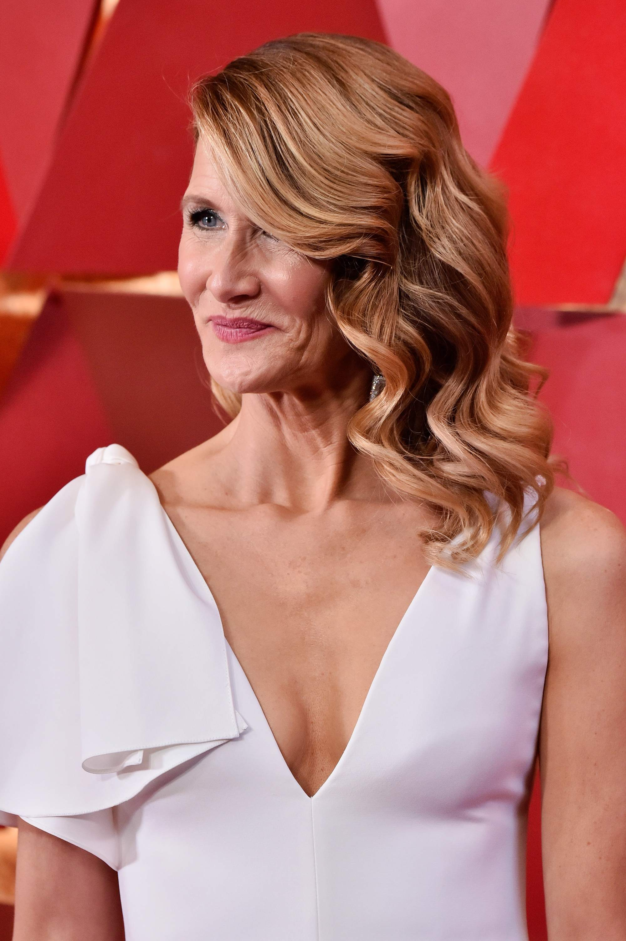 big little lies actress laura dern with auburn hollywood waves