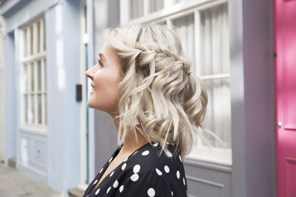 19 Prom Hairstyles For Short Hair To Help You Party In Style 2018