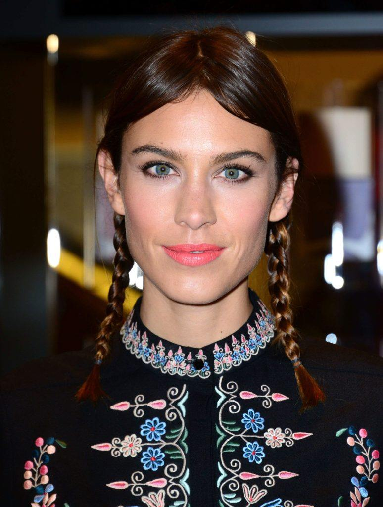 It takes two: Celebrity-inspired 2 braids hairstyles you should try