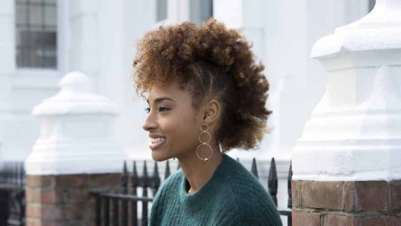 how to sty;e short curly hair: black woman with afro mohawk AKA 'frohawk
