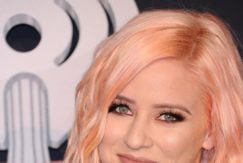 lily marston peach coloured hair on the red carpet