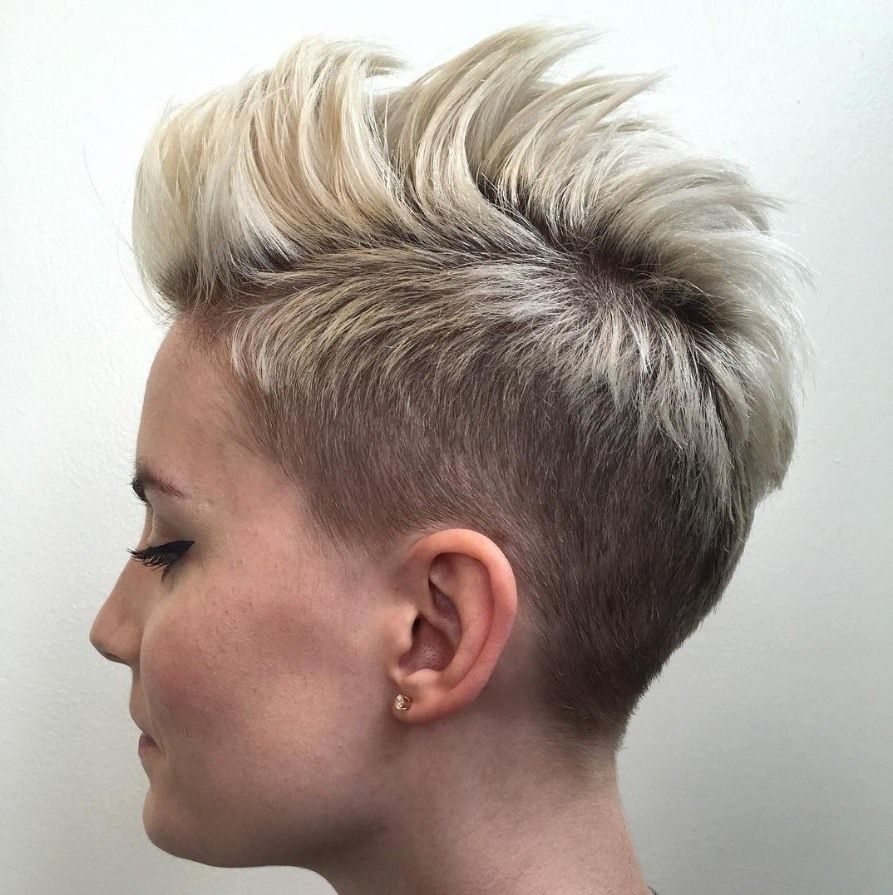 blonde spikey mohawk hairstyles for women
