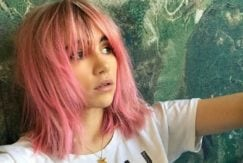 Suki Waterhouse pink hair colour lob