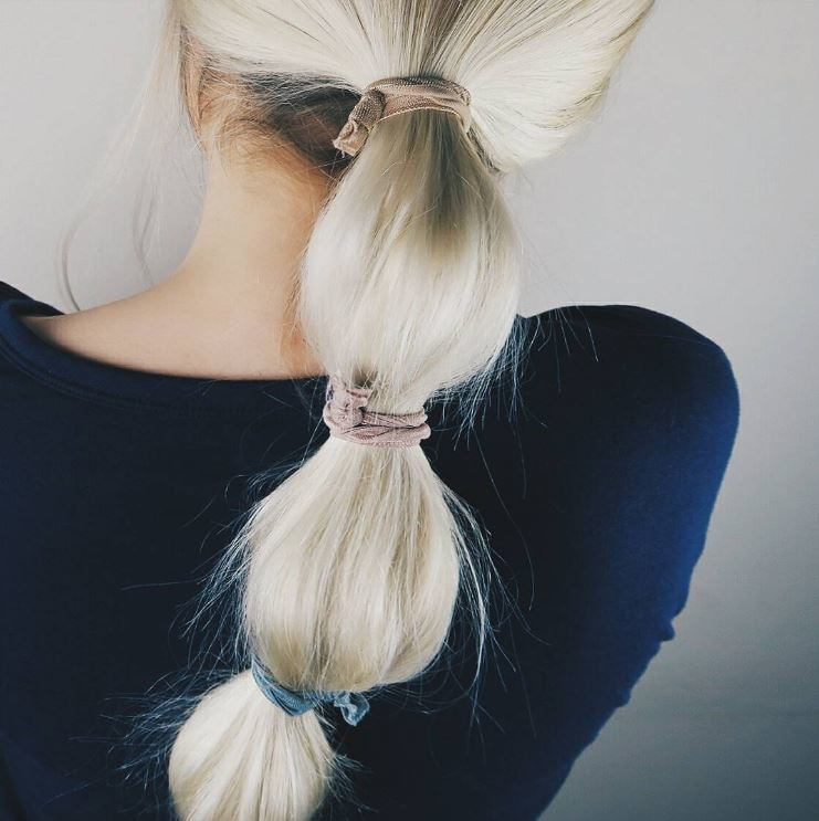Long blonde hair - Bubble ponytail - hairstyle - Instagram