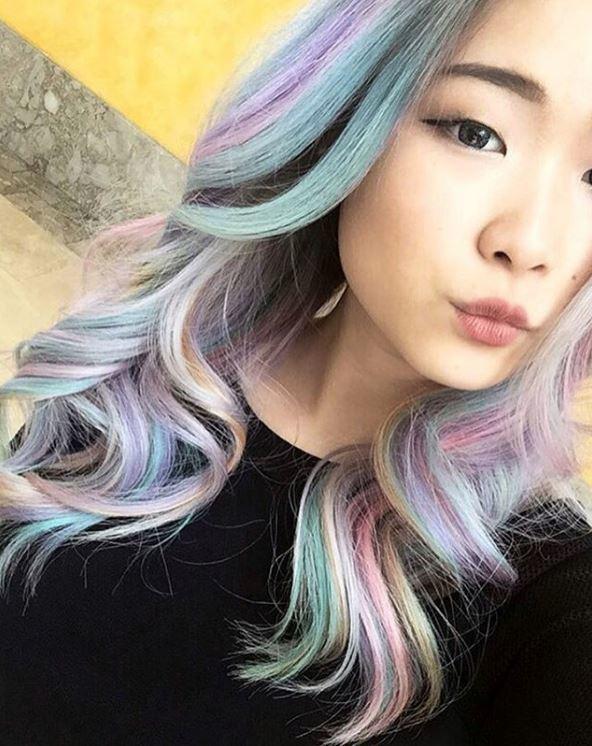 Wavy hair colour holographic hair - Instagram