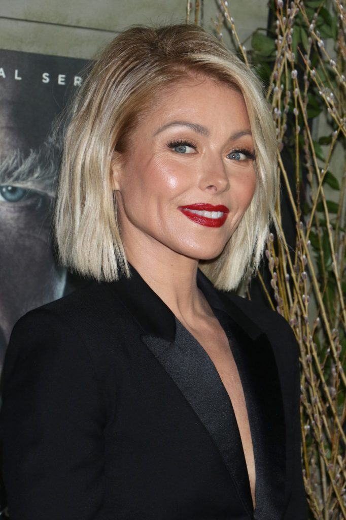 7 Impressive short hairstyles for women over 40 that will turn heads