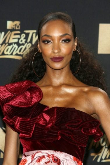 Jourdan Dunn - Dark hair - Afro hairstyle - MTV Music & TV Awards
