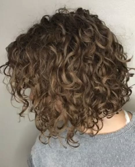 18 modern day perm hairstyles that you need to try perm hair tight perm on bob hair solutioingenieria Images