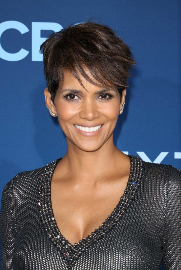 long brown pixie crop woth blonde highlights hairstyles Halle Berry. Credit Rex by Shutterstock