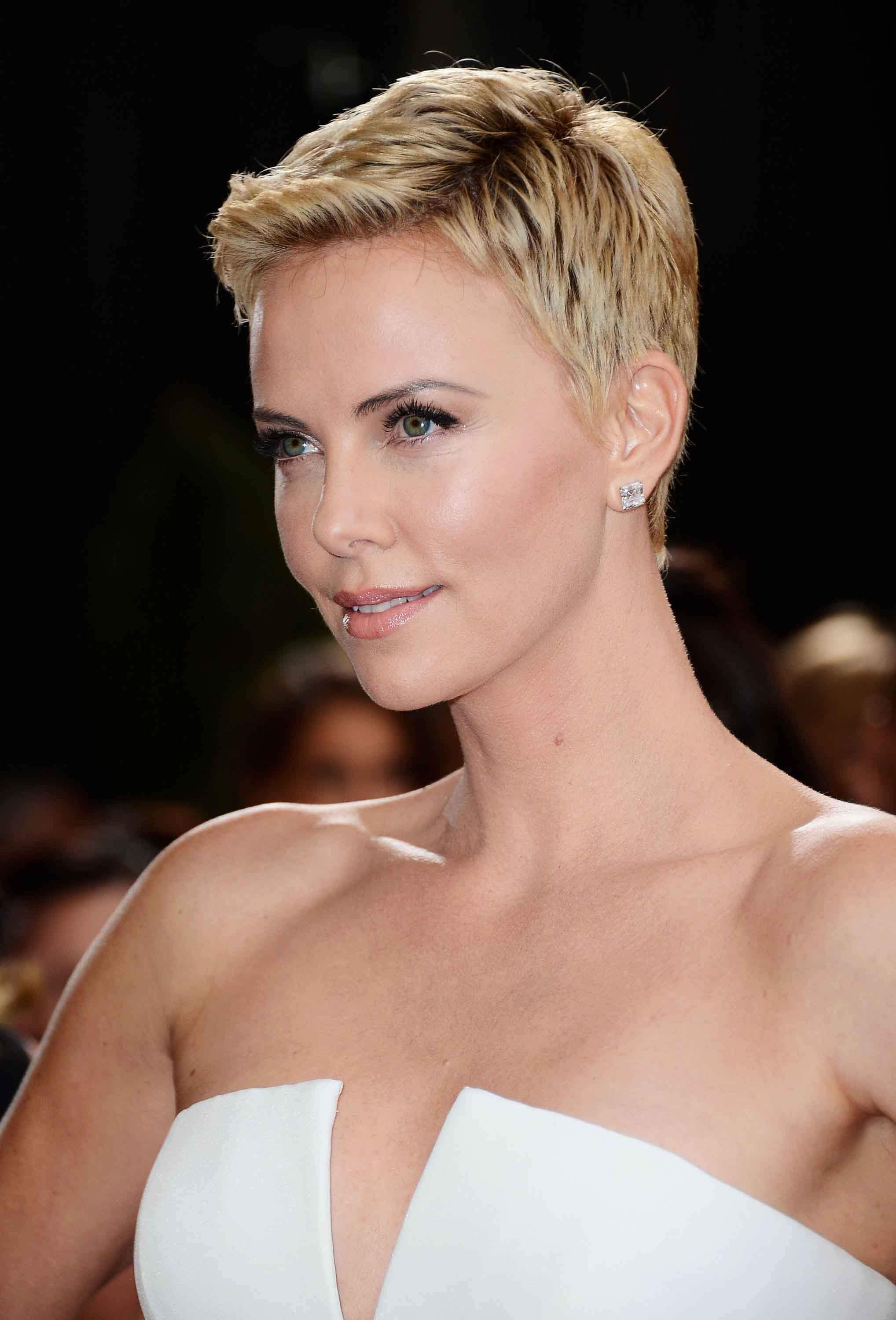all haircut styles 30 pretty pixie cuts styles adored by a list 5432