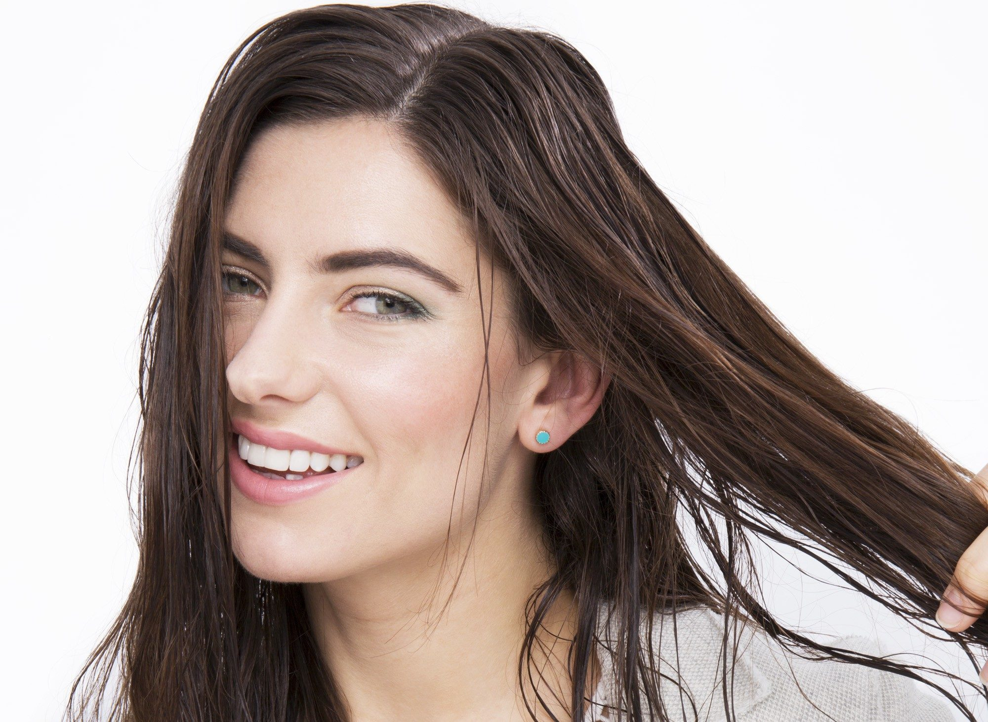 blow out hair step 1: model with damp hair, prepping hair