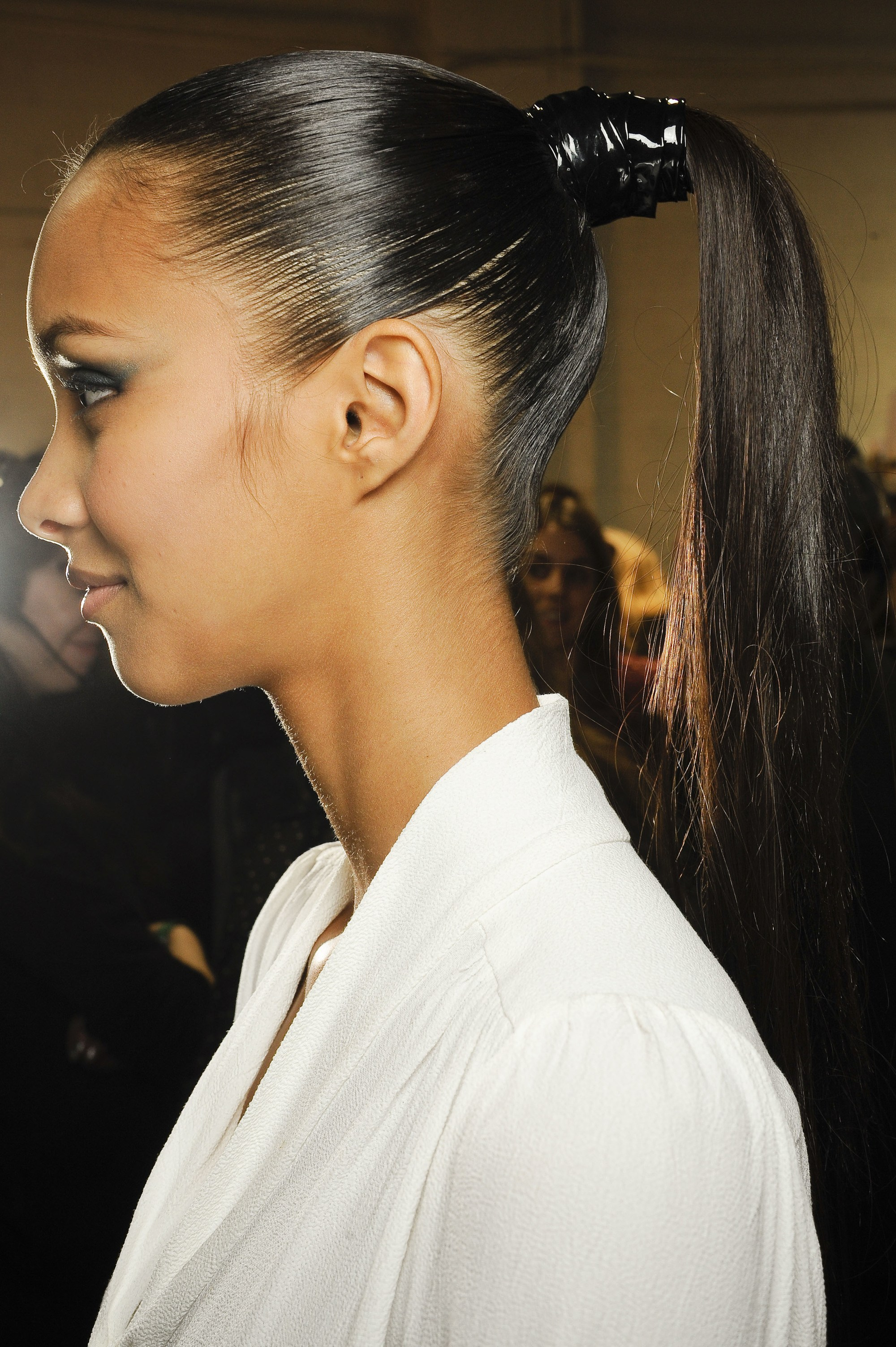 black jason wu model with her hair in structured high ponytail