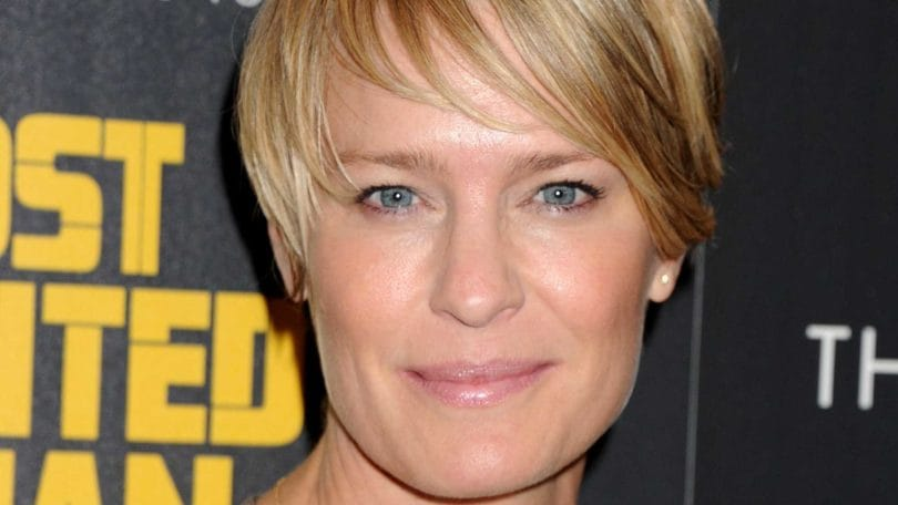 House of Cards - Claire Underwood - blonde pixie with sweeping side fringe