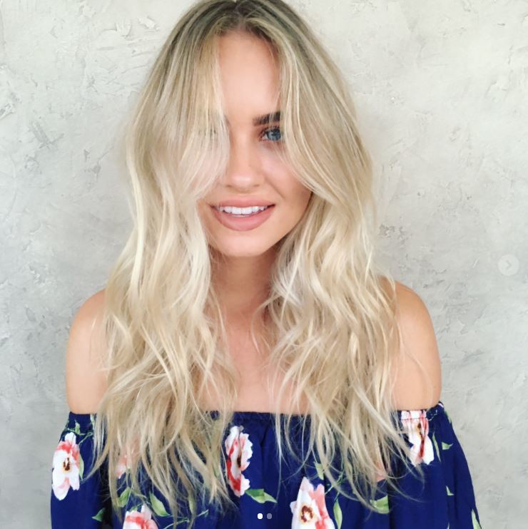 Face shapes - Long light blonde hair with soft layers and grown out bangs
