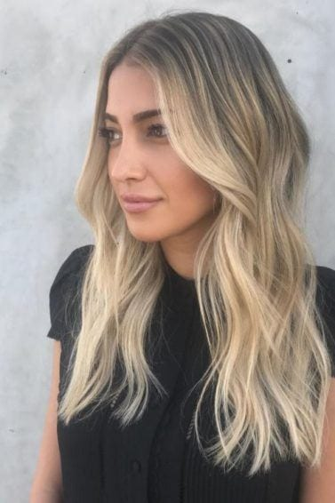 Face shape - long blonde hair with long layers