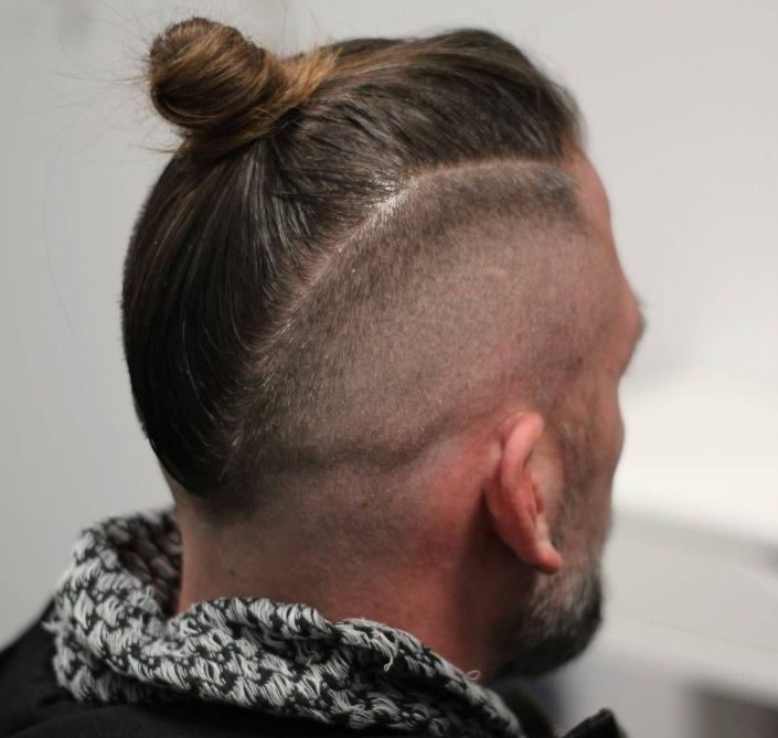 10 Top Knot Men's Hairstyle Ideas For Every Hair Type