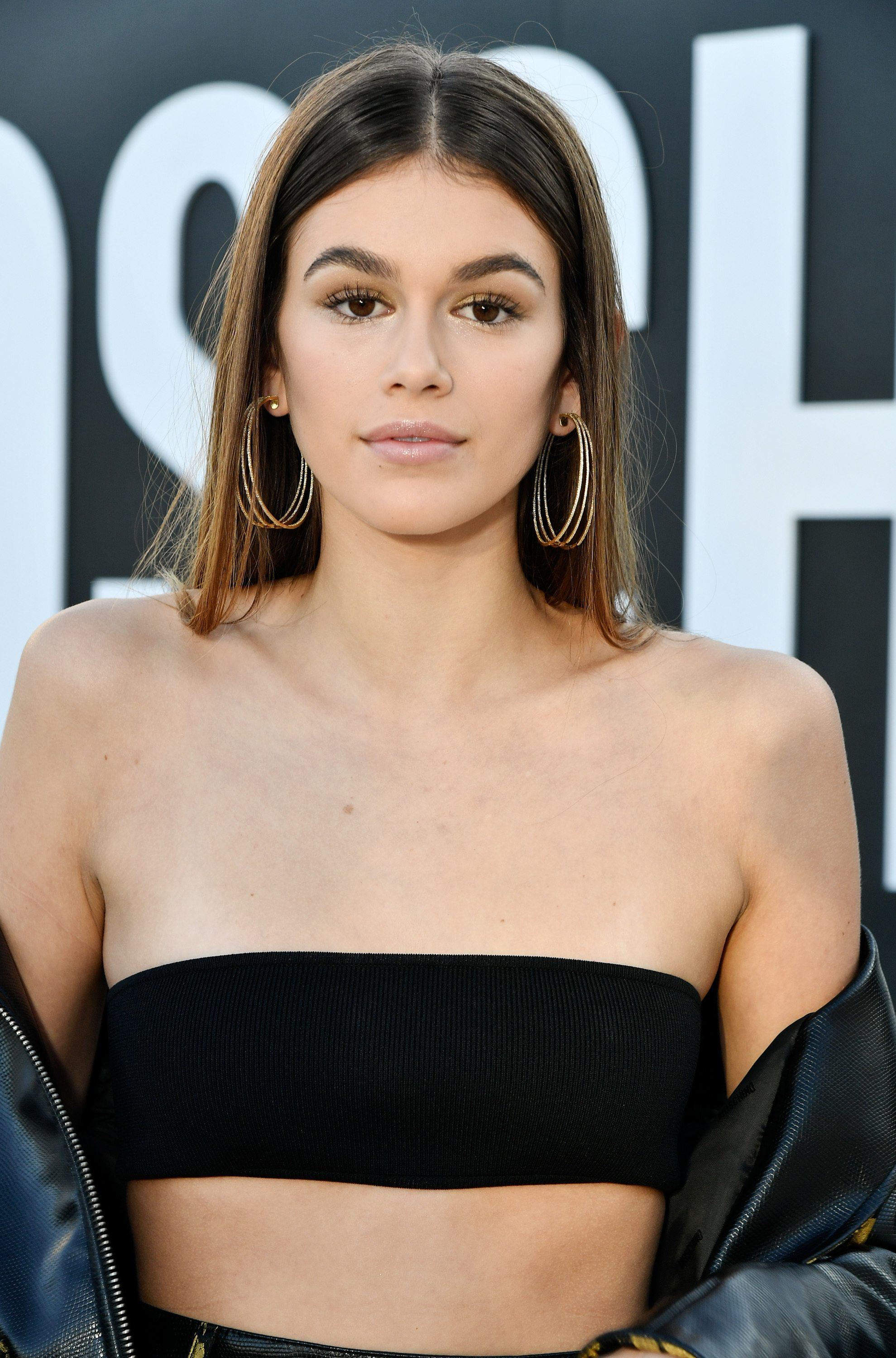 Kaia Gerber Is Her Supermodel Mama S Mini Me With New