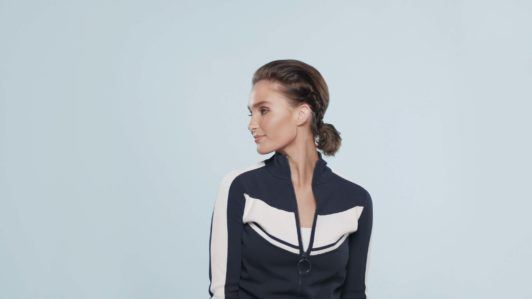 photo of blogger with side braid pony on short hair wearing sporty clothing