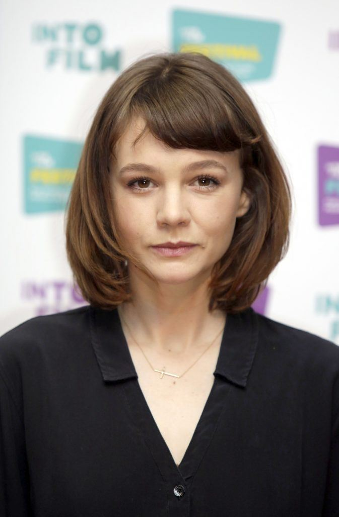 actress carey mulligan with a brunette bob and short bangs