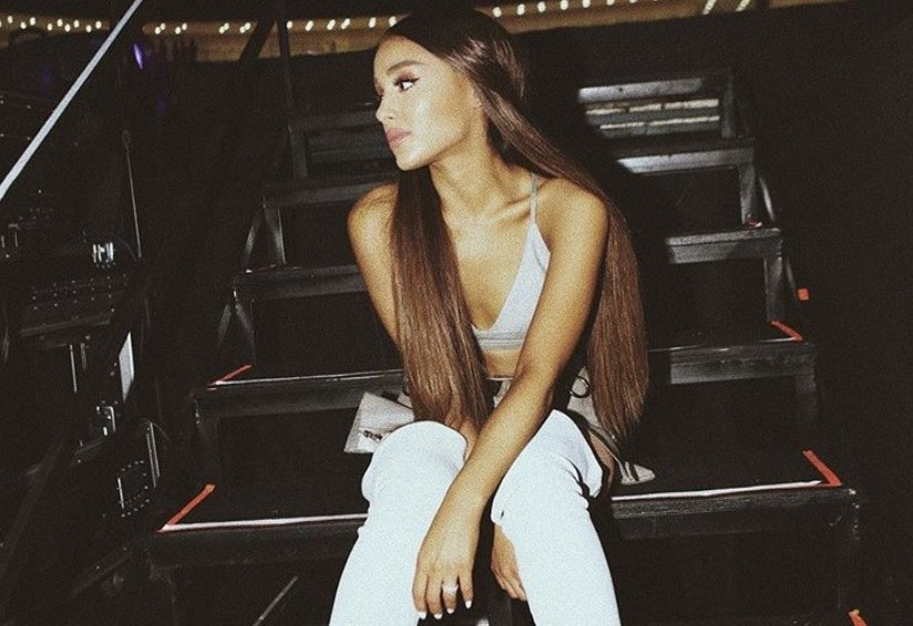 ariana grande just tried her most daring hair colour yet