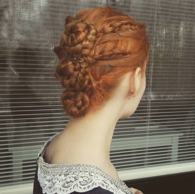 12 regal Renaissance hairstyles that seriously deserve ...