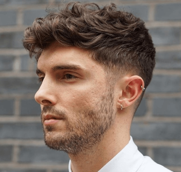 Fashionable short hairstyles for men with thick hair
