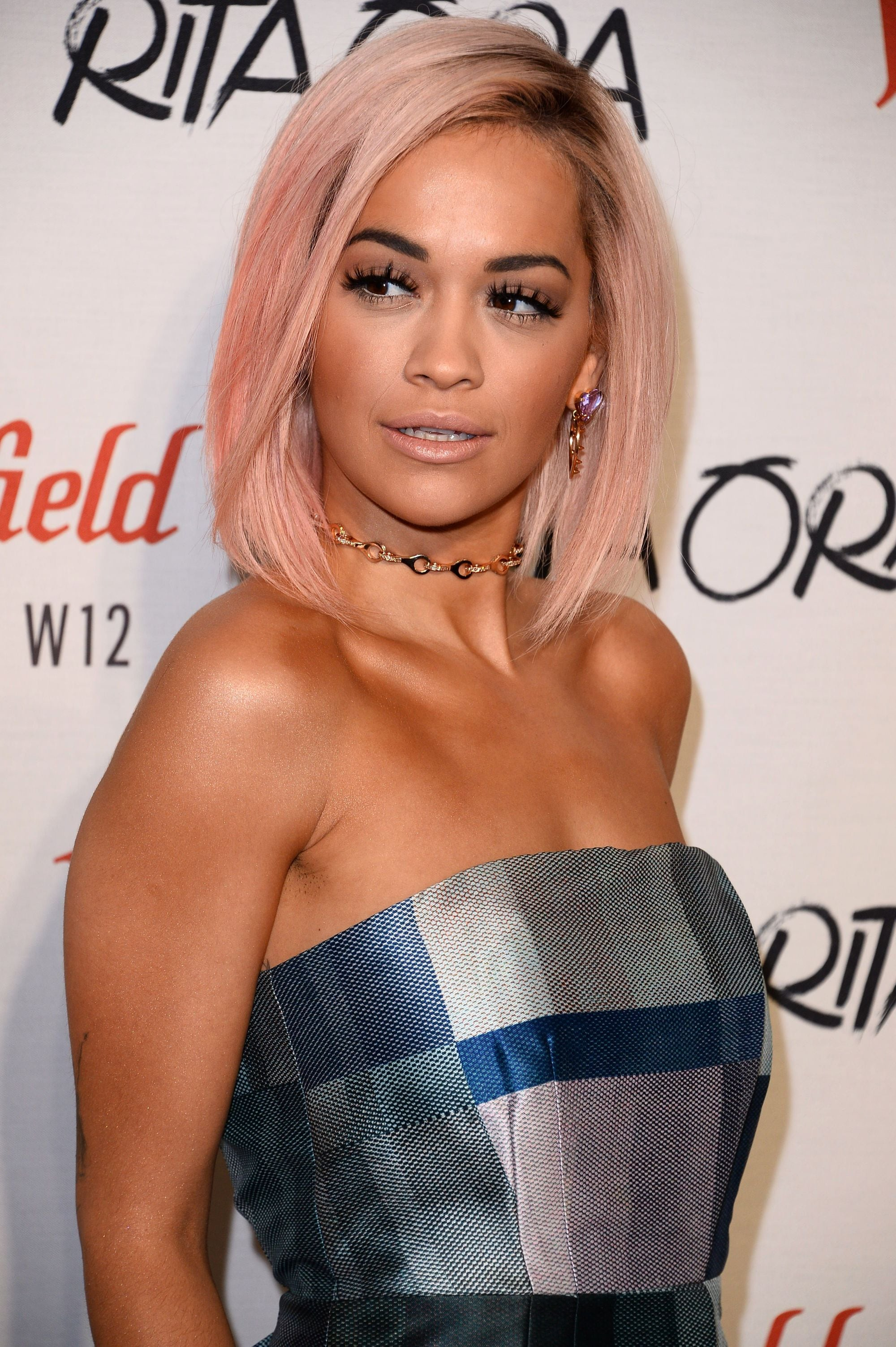 Rita Ora straight pink hair asymmetrical bob