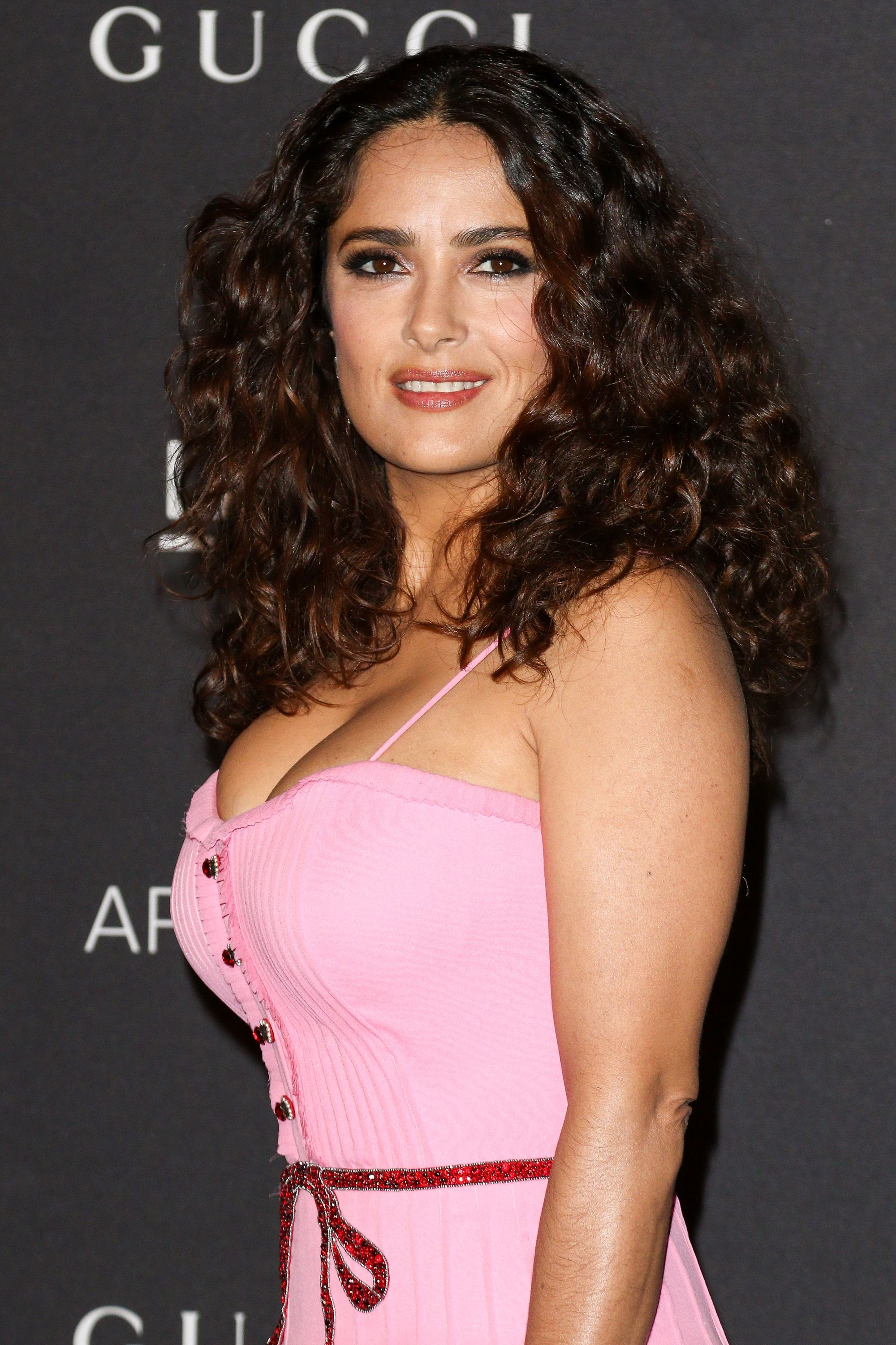 Type 2 Hair Decoded All You Need To Know About Wavy Hair All