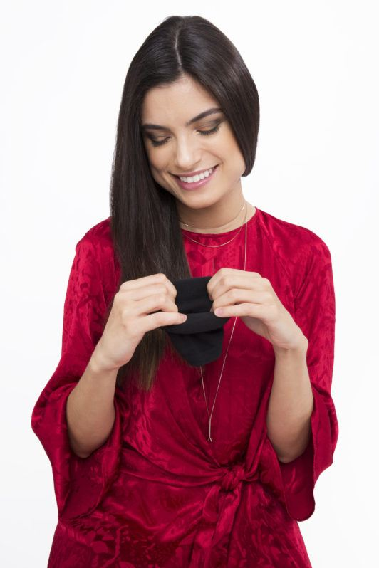 sock curls tutorial brunette girl with sock bun