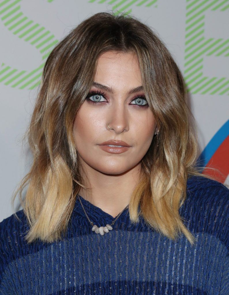 paris jackson at the stella mccartney presentation with wavy ombre hair