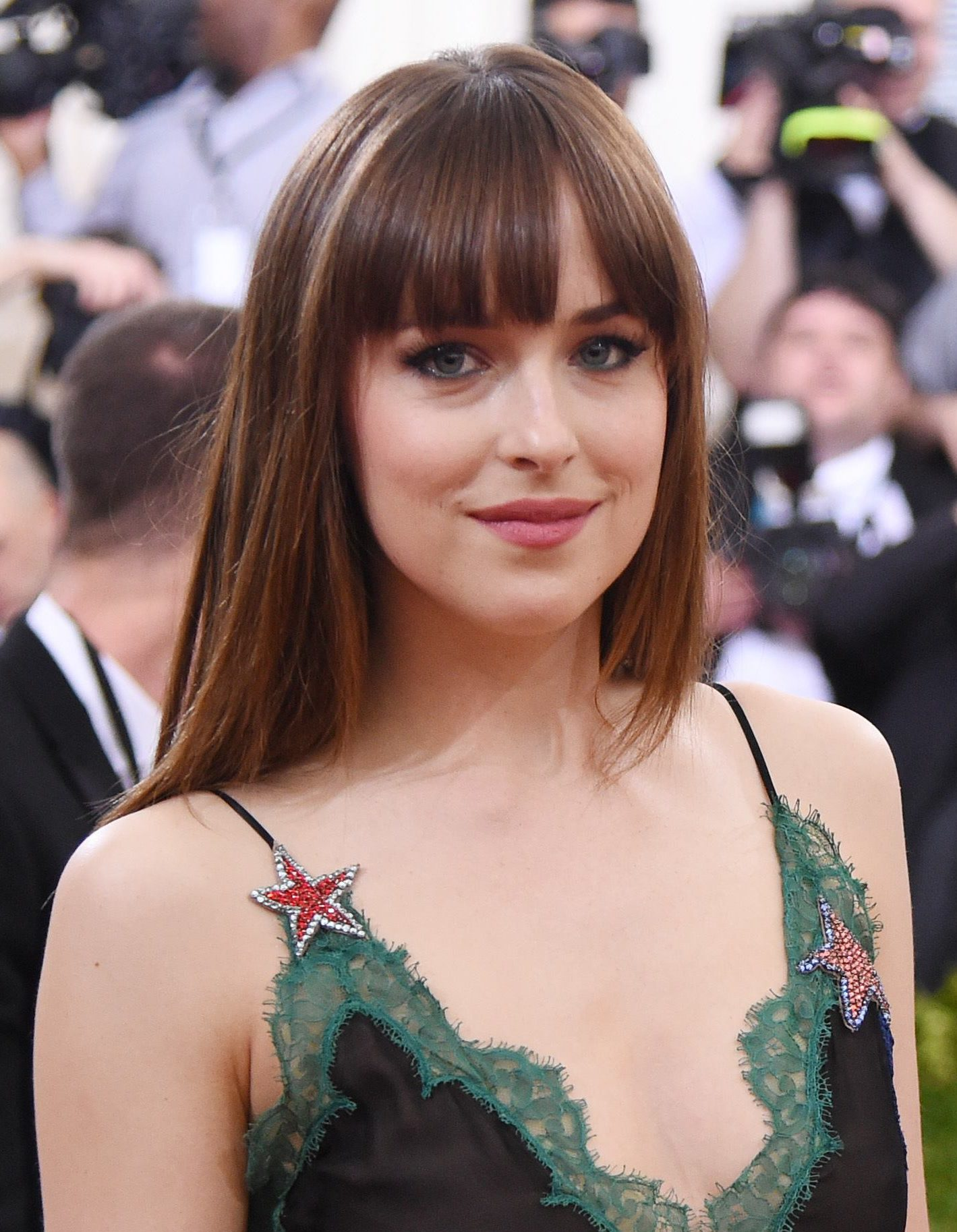 5 reasons why straight bangs are the best thing ever all things