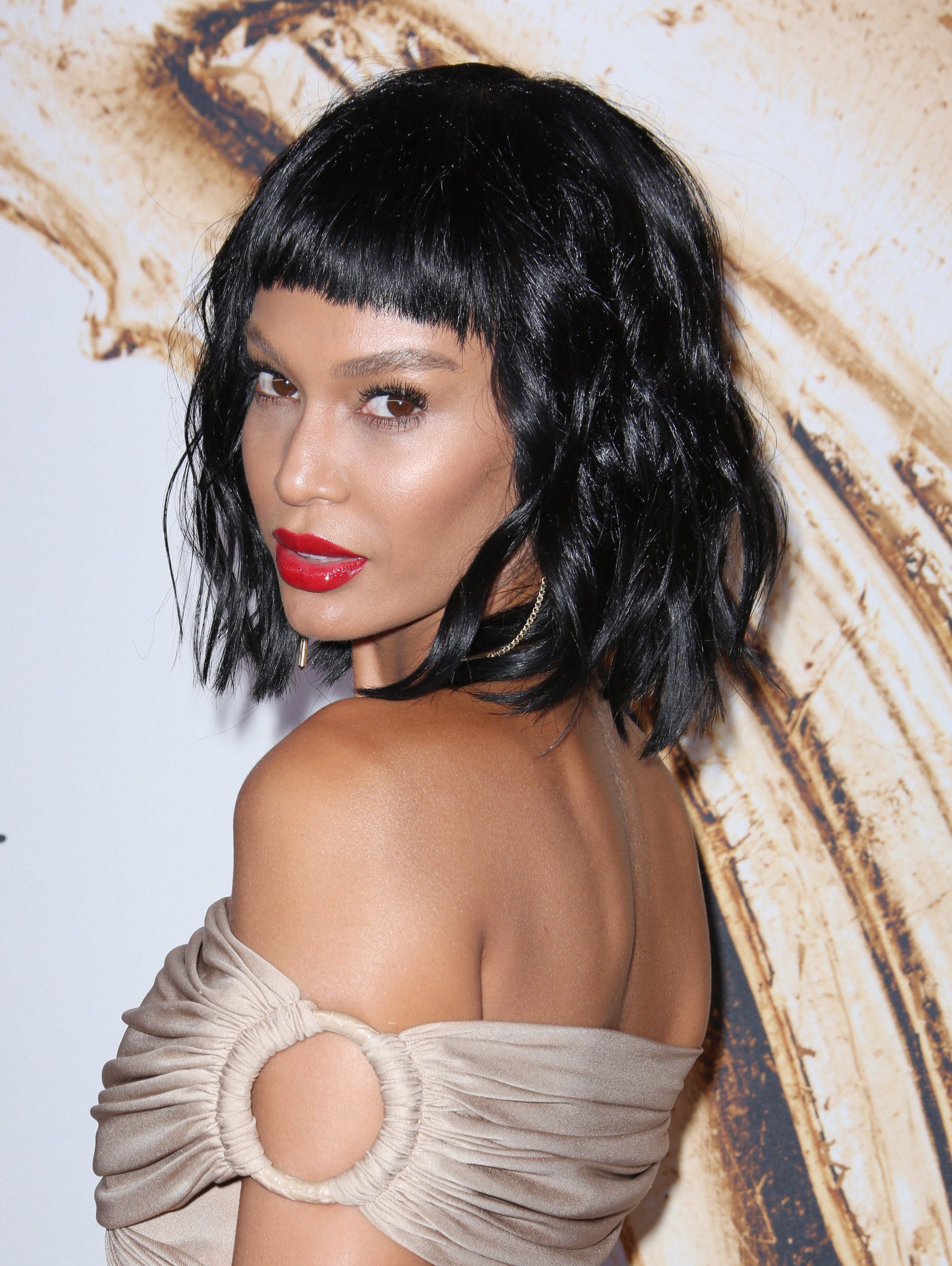 Rihanna Co Have Slayed These Black Hairstyles With Bangs