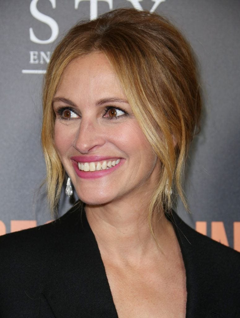 julia roberts blonde hair in updo with centre part long fringe