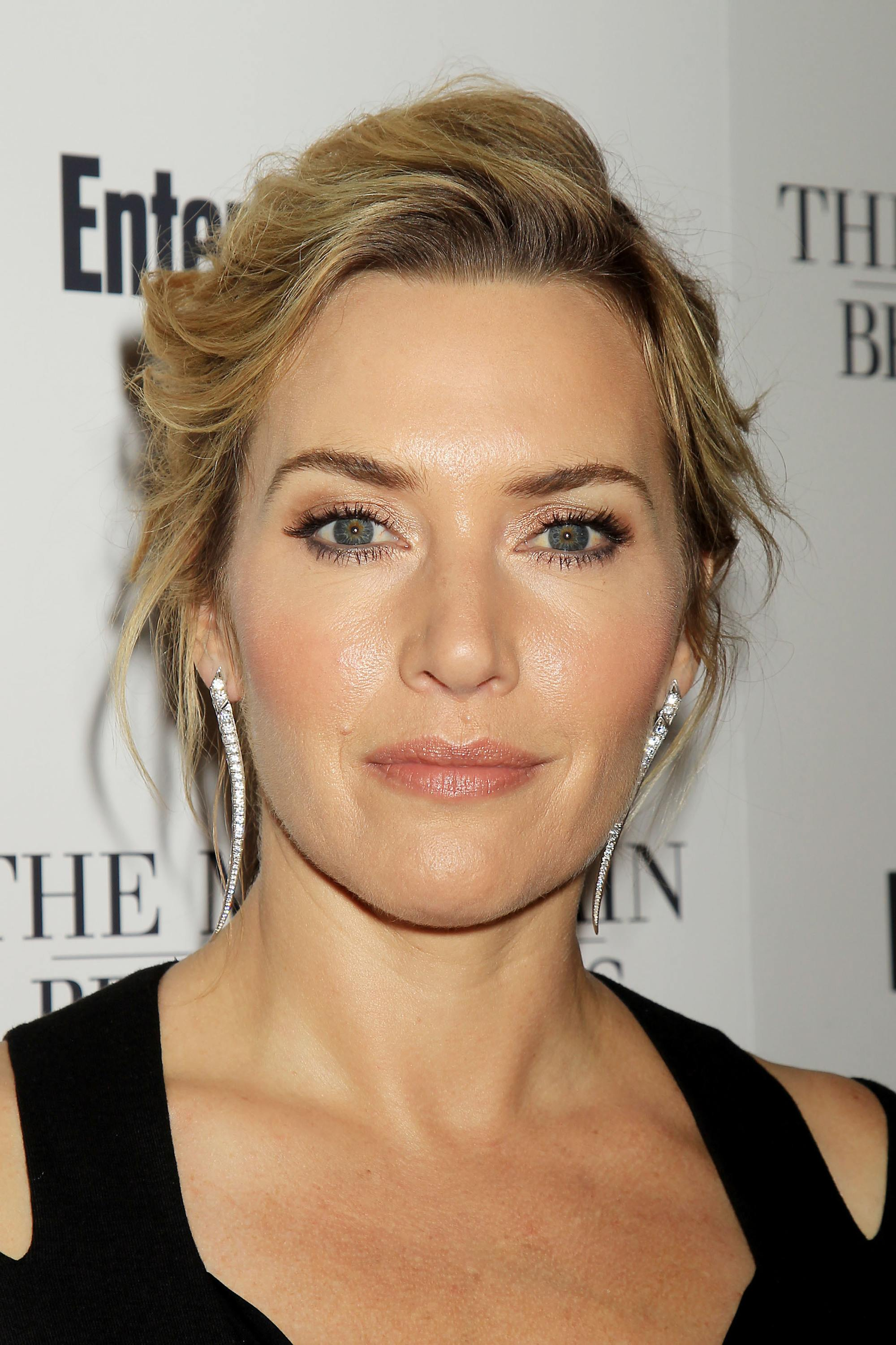 kate winslet rectangle face shape with wavy blonde hair in updo