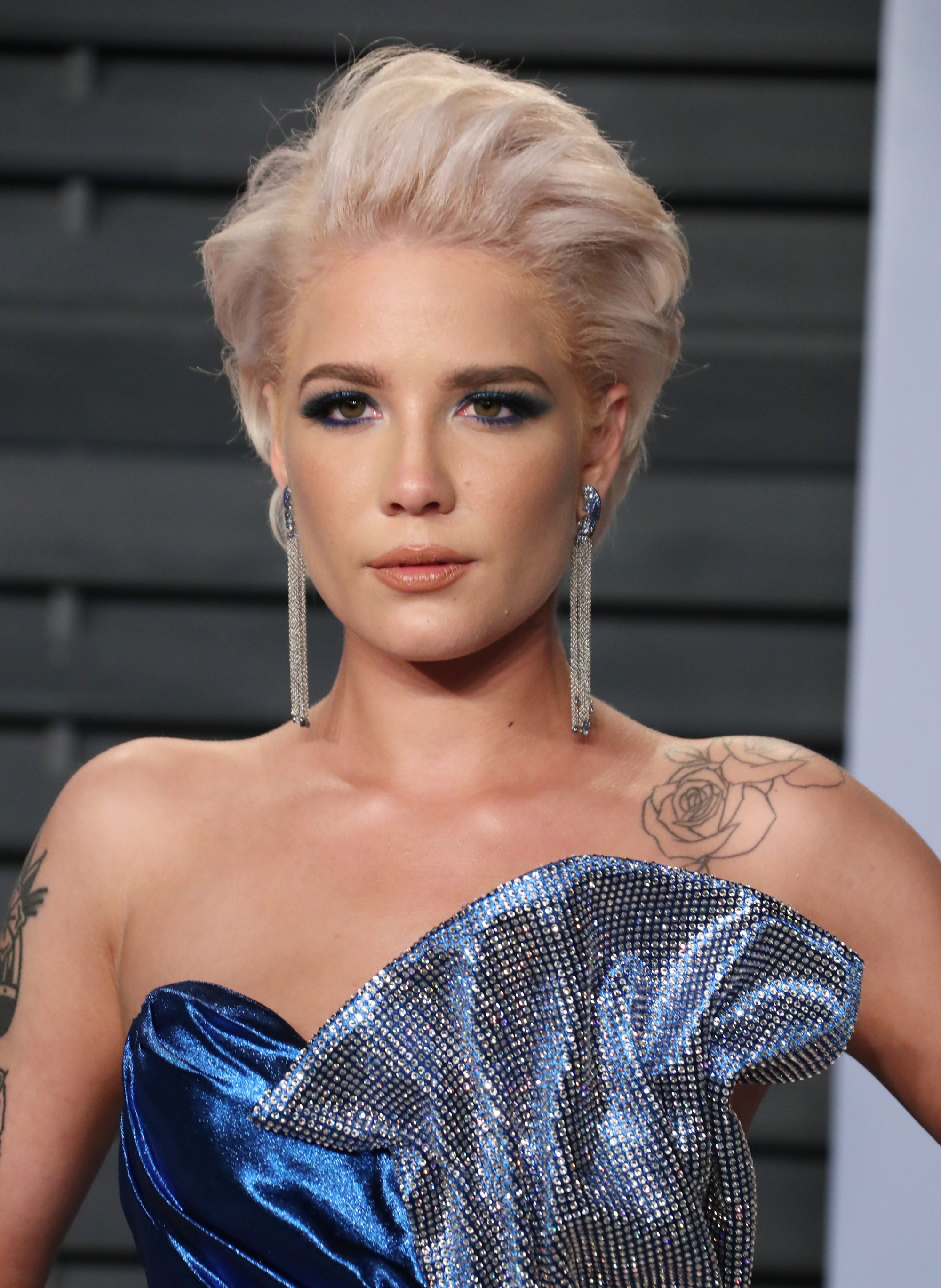 single lesbian women in halsey Charli xcx is following up her hit gay anthem boys with a much-needed lesbian version - girls just like halsey which claims girls will be released as a single.