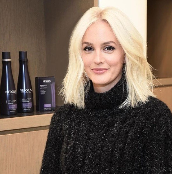 gossip girl actress Leighton Meester at the nexxus new york salon with new platinum blonde hair in a bob length