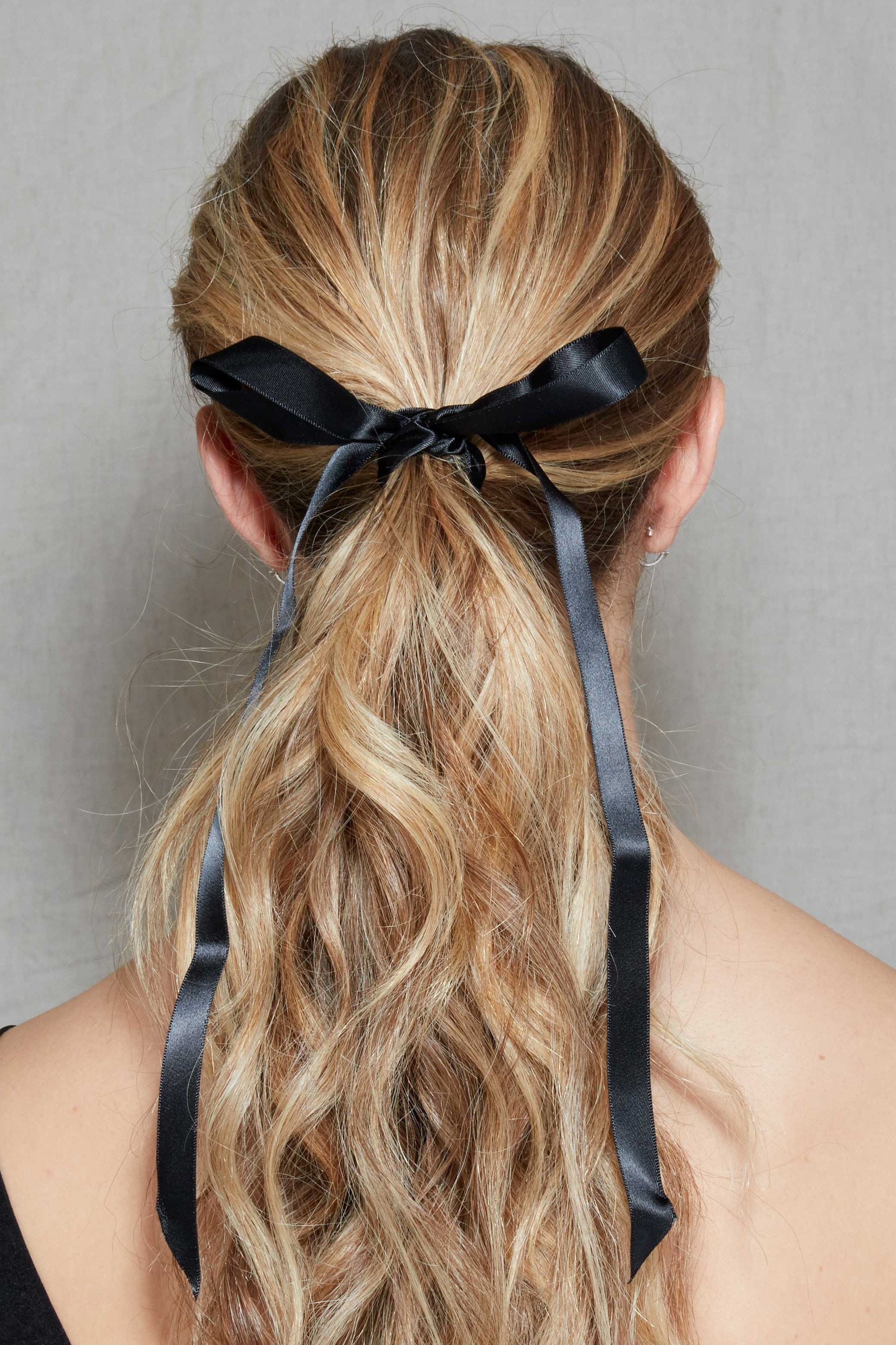 25 Wedding Guest Hairstyles That Ll Make You The Chicest Attendee