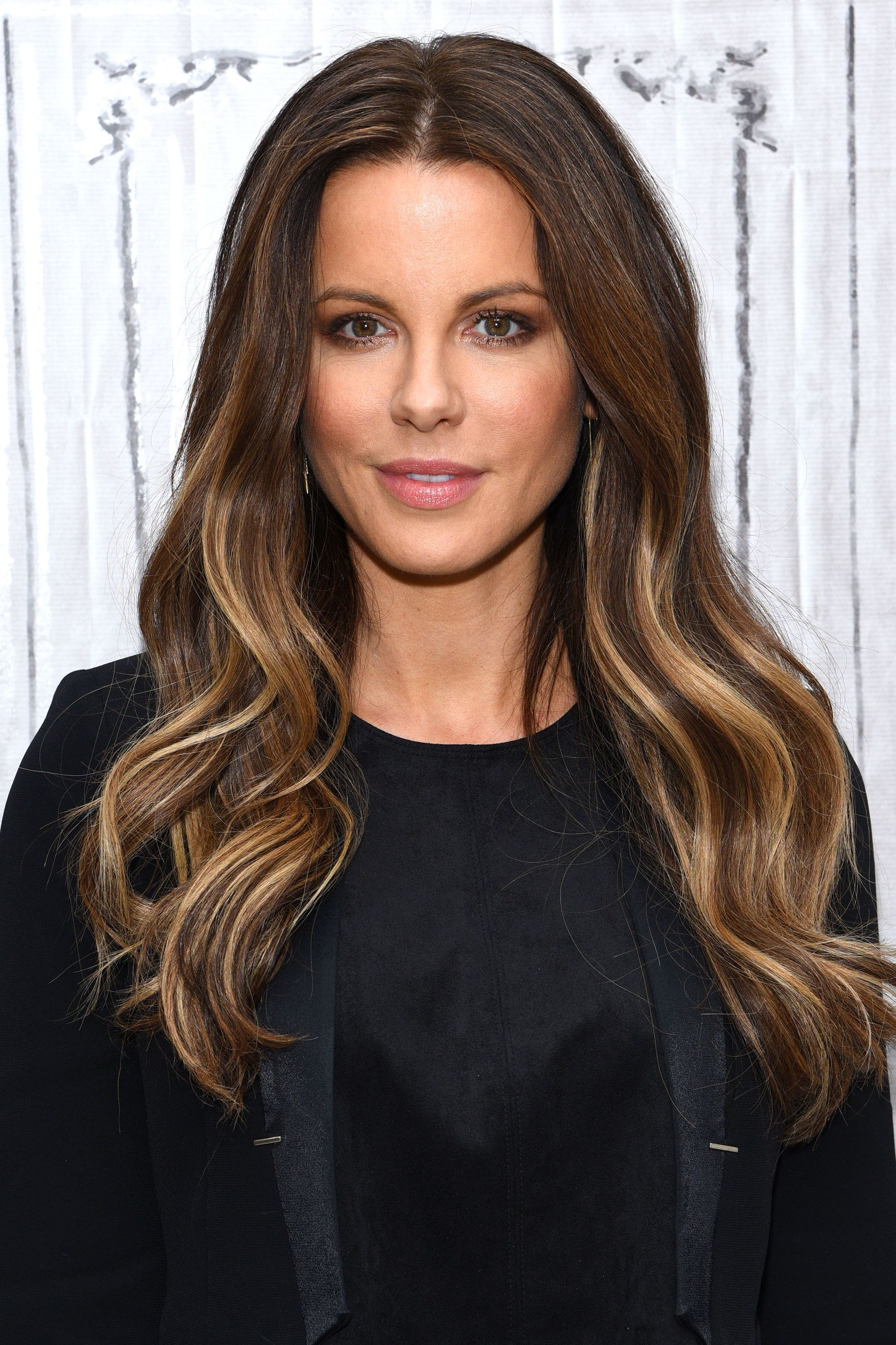 Lowlights For Brown Hair 10 Looks To Transform Brunette Hues