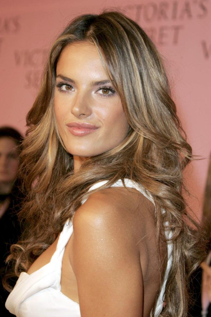 35 Stunning Brown Hair With Blonde Highlights Ideas All Things Hair Uk