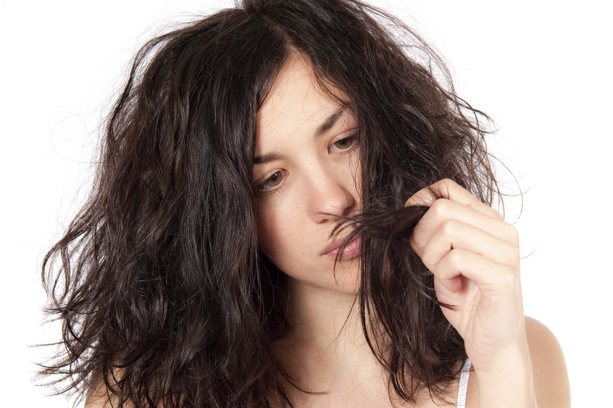 cabello reseco y dañado
