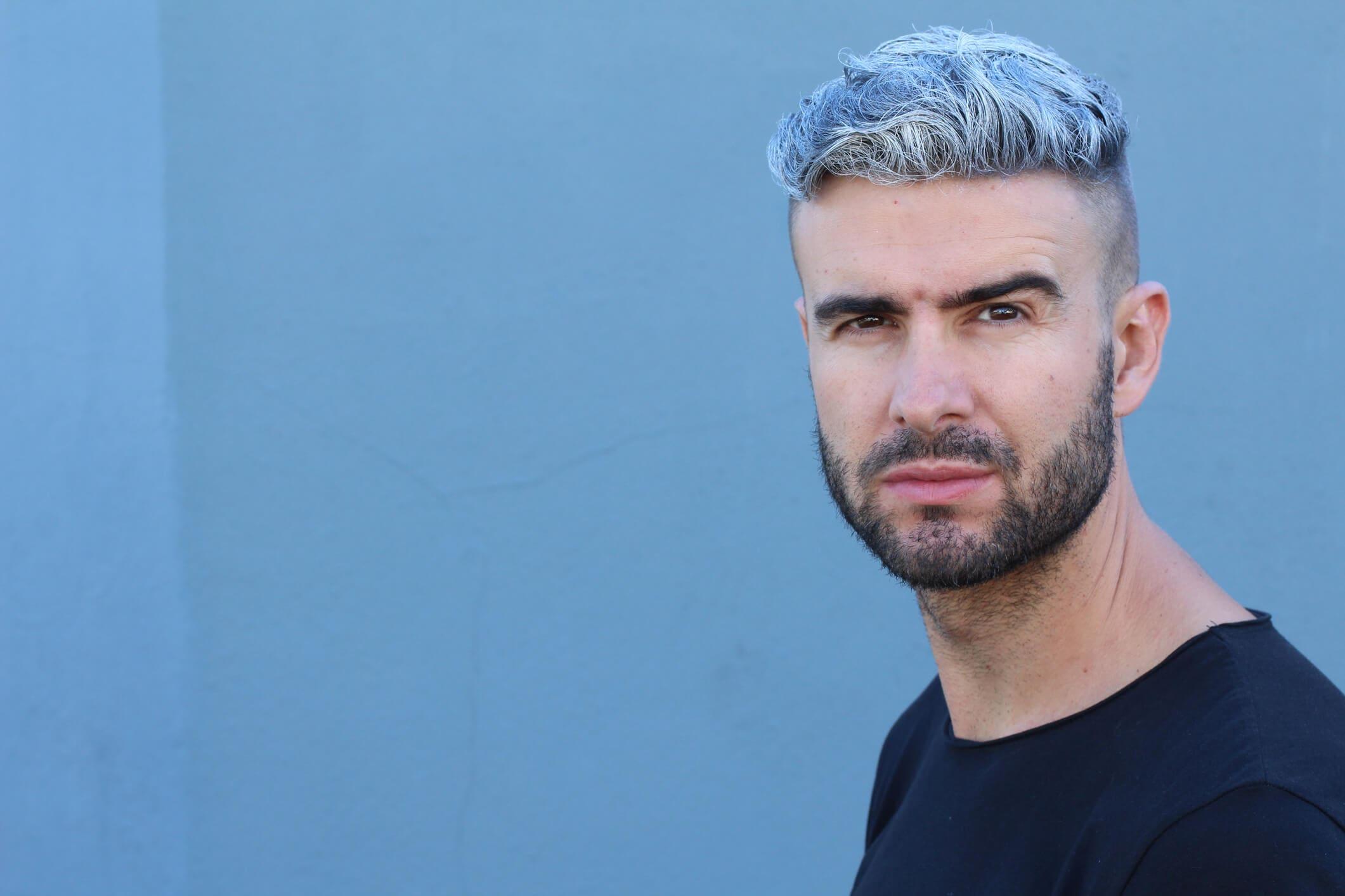 tintes de colores para el pelo corto hombre pelo azul