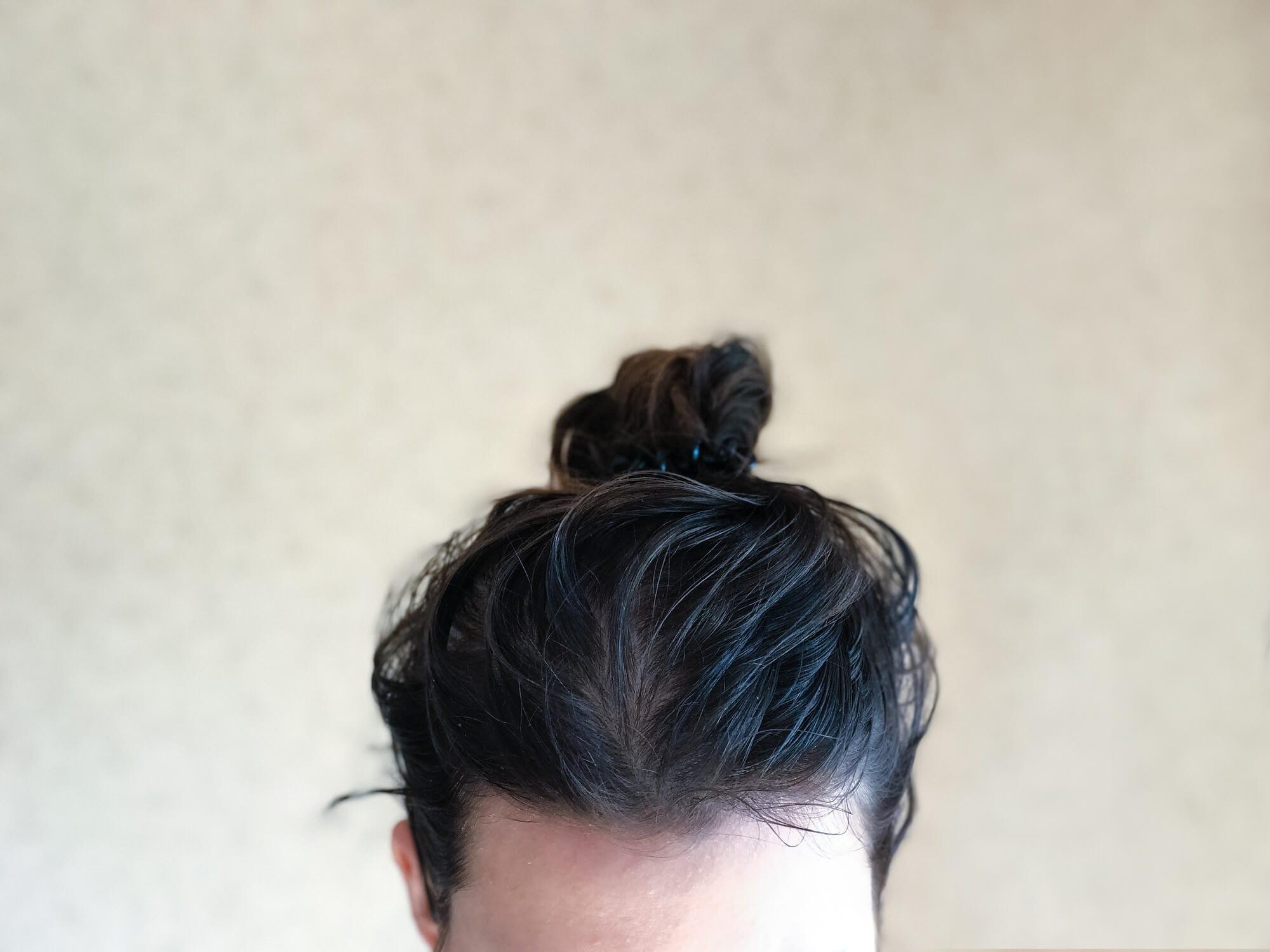 champú para el cuero cabelludo graso pelo recogido