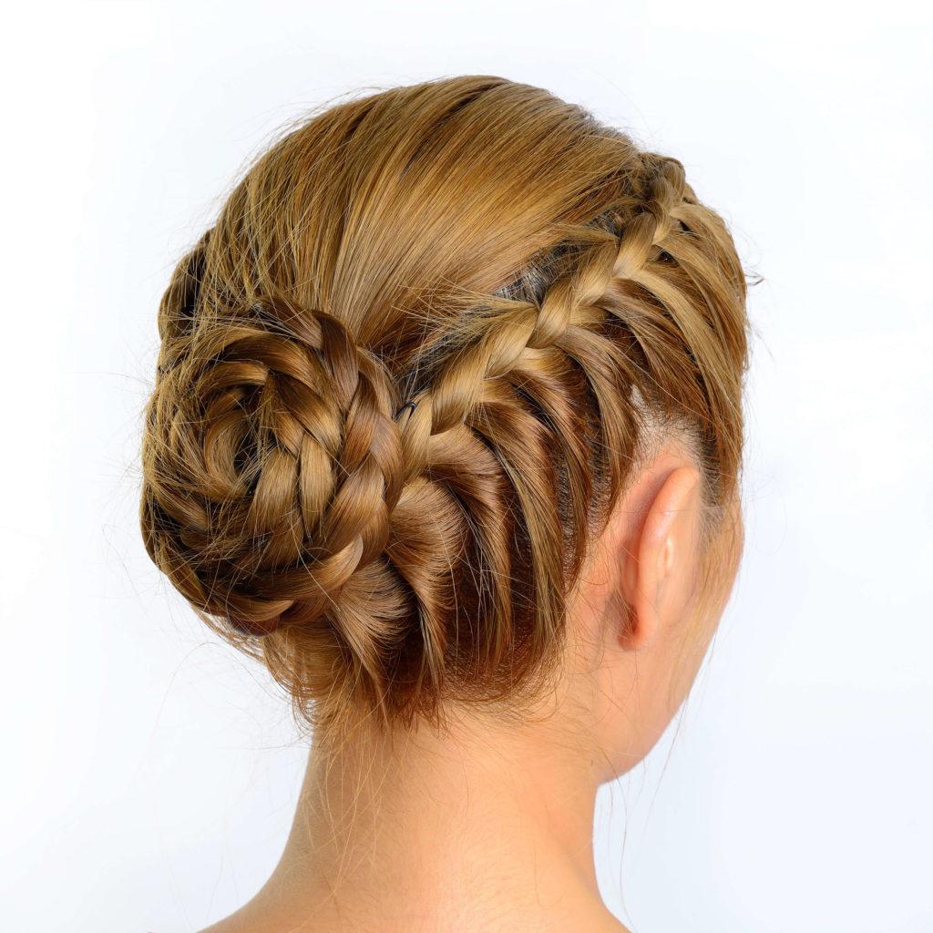 Completamente imperfecto peinados recogidos con trenzas Galería de cortes de pelo estilo - 10 Moños con trenzas sensuales para enamorar a cualquiera