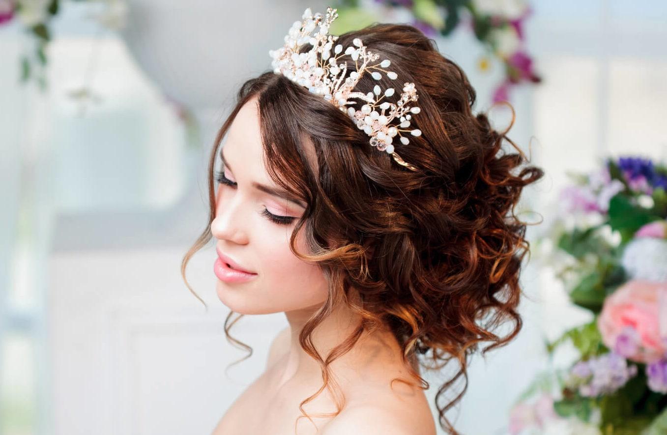 Peinados Con Tiara 10 Estilos Boho Elegantes Y Vintage Para Ti