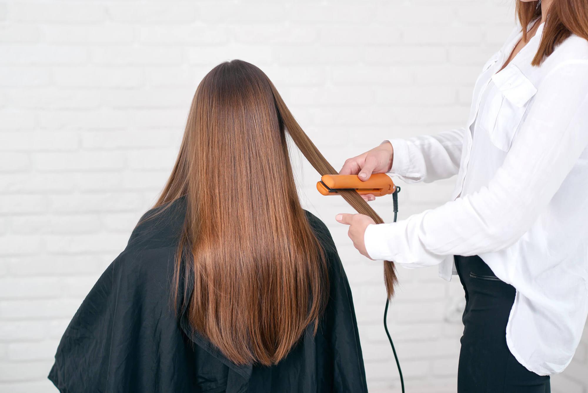 alisado con keratina cabello rojo