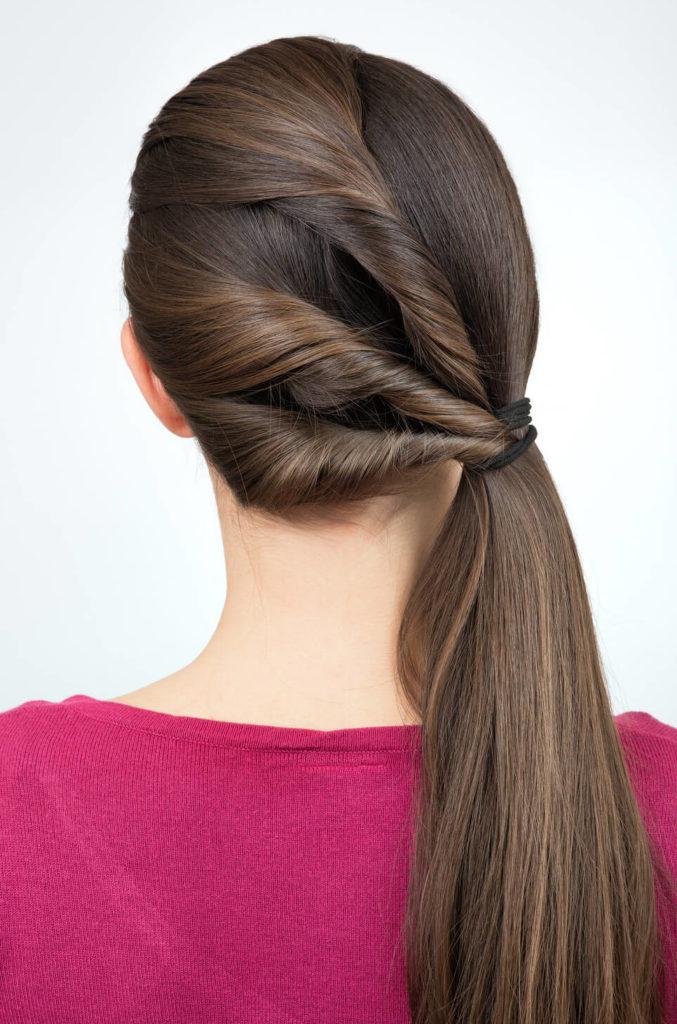peinados retorcidos cola de caballo tres torzadas