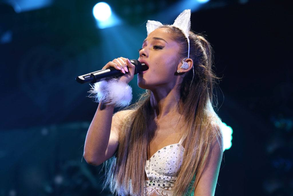 ariana grande adorns her hairstyles with hair accents