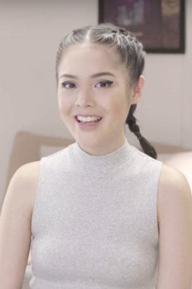 Boxer braid hairstyle tutorial with Bea Marin
