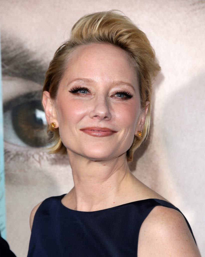 prom-hairstyles-for-short-hair-anne-heche